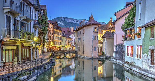 11 Kota di Dunia yang Punya Kanal Cantik Selain Venice_blog_Annecy
