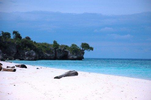 Pantai Liukang Loe, Tanjung Bira via liburankeluarga.com