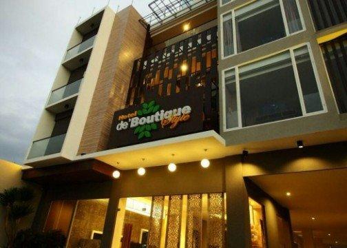 De Boutique Style Hotel http://cdn01.tiket.photos/img/business/d/e/business-depan_hotel1.picture525x375.jpg