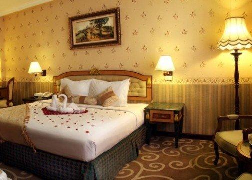 http://cdn01.tiket.photos/img/business/h/o/business-hotel-gajahmada-graha-malang-hotel-192.picture525x375.jpg