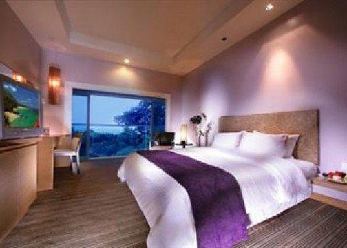 Changi Village Hotel room