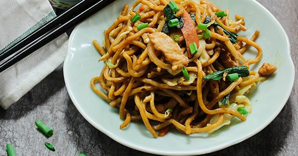 5 Makanan Khas Imlek di Indonesia - Siu Mie