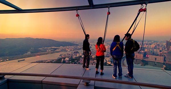5 Places to Visit in Macau_blog_Get Your Adrenaline Pumping at Macau Tower