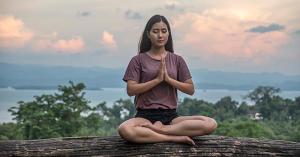 8 Tips Liburan untuk Obat Patah Hati, Manjur Banget - Mencari Wisata Meditasi