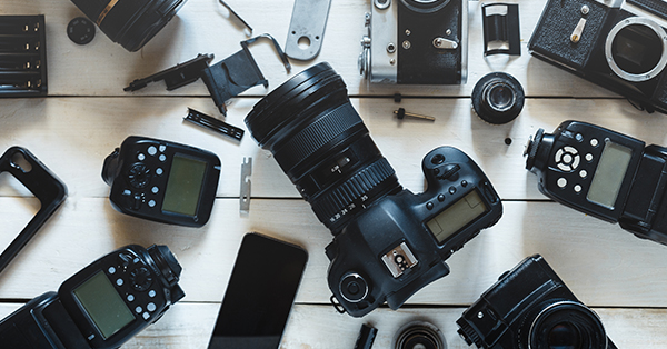 9 Tips Foto Liburan Biar Makin Kece! - Bawa kamera