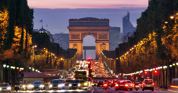 must visit places in Paris_Arc de Triomphe
