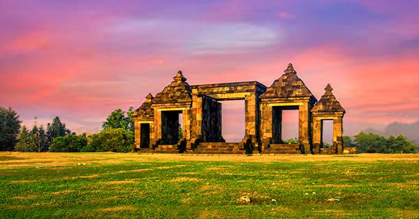 Candi di Indonesia - Candi Ratu Boko