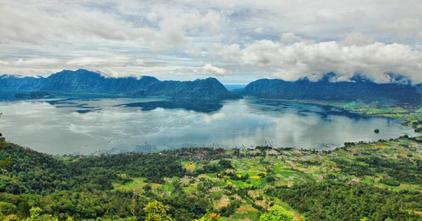 Tourist Attractions in Padang - Maninjau Lake