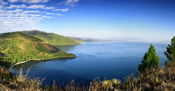 Fakta Tentang Keindahan Danau Toba- Danau Terbesar dan Terindah di Dunia
