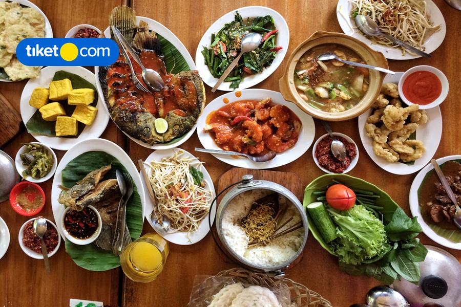 Rekomendasi Tempat Makan Terbaik di Bogor, Terkenal Sejak Dulu!