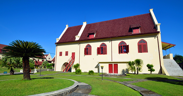 historical destinations in Indonesia_Fort Rotterdam Makassar
