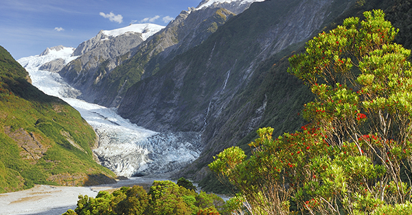 Tourist Attractions to Visit while traveling to New Zealand