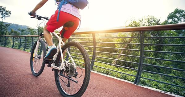 Go Green Saat Liburan_blog_Jalan-jalan menggunakan sepeda