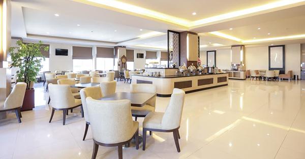 Cari Hotel Bintang 3 di Makassar? Ini Rekomendasinya!