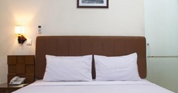 Hotel Dekat Gelora Bung Karno - House of Arsonia Tulip