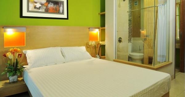 Hotel Dekat Gelora Bung Karno - LeGreen Suite Senayan