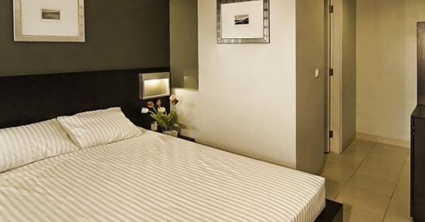 Hotel Dekat GBK - LeGreen Suite Tondano