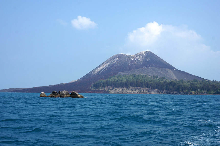 17 Pemandangan Alam Terindah Di Indonesia Ini Bikin Takjub Tiket Com