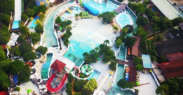 Kolam Renang Jakarta - SnowBay Waterpark