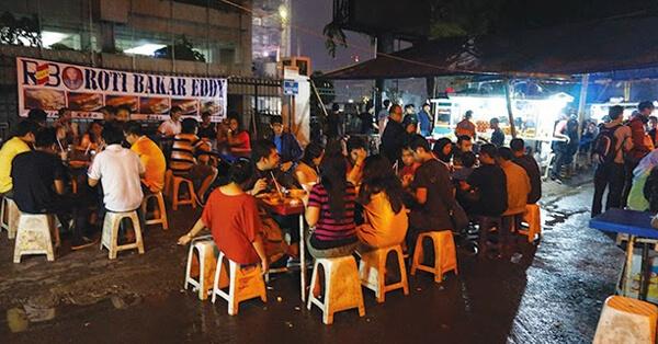 Kuliner Malam di Blok M Jakarta - Roti Bakar Eddy