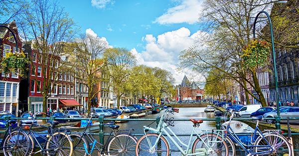 Liburan ke Amsterdam - Banyak Sepeda