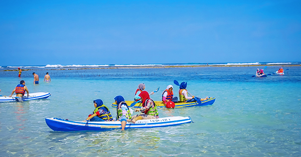 Liburan ke Pantai Pandawa - Perahu Kano