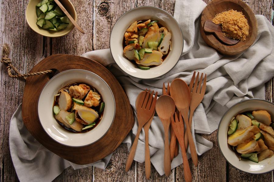 Makanan Khas Indonesia - Pempek