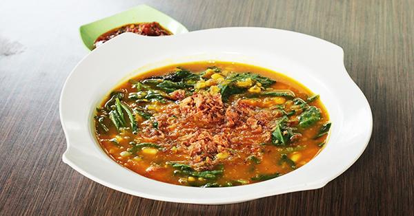 Manado Traditional food - Tinutuan Porridge