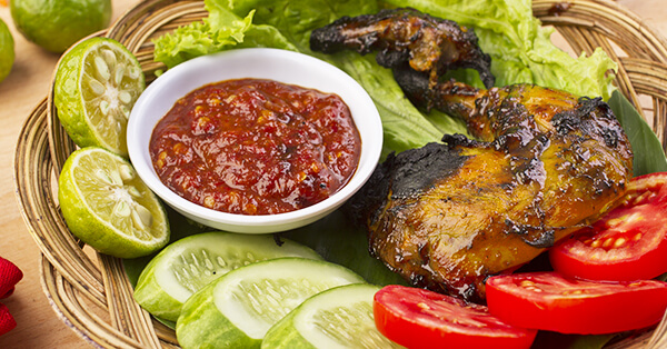 Makanan Khas Sunda - Ayam Bakakak
