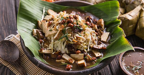 Makanan Khas Sunda - Kupat Tahu