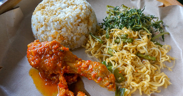 Menu Makanan Khas Kemerdekaan - Nasi Goreng Tiwul