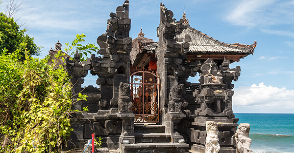 Myths and Facts About Tanah Lot