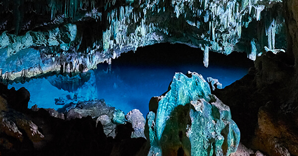 Obyek Wisata Labuan Bajo-gua mangko
