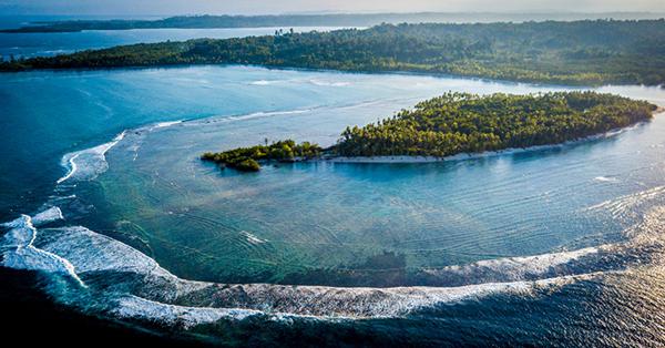 Pantai dengan Ombak Terbesar di Indonesia - Pulau Sipora