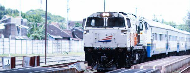 Perbedaan kelas kereta api dan sub kelas kereta api