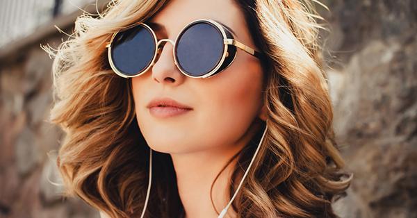 Perlengkapan Liburan Musim Panas - Sunglasses