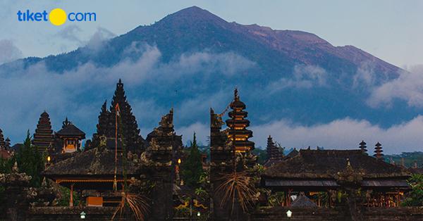 Pura Indah di Bali - Pura di Bali