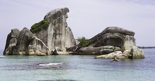 Spot Snorkeling di Bangka Belitung - Batu Garuda
