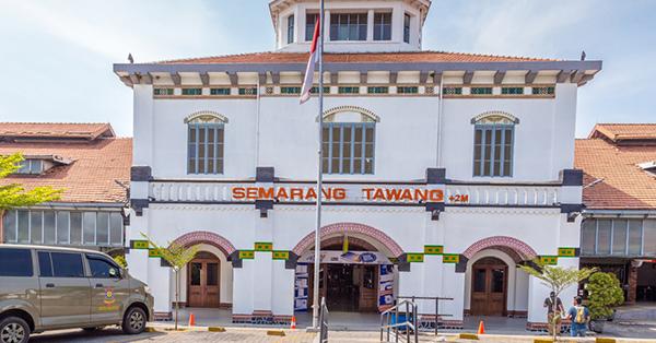 Stasiun Kereta di Indonesia Antik - Stasiun Semarang