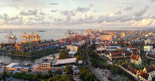 Tahun Baru Enaknya Ke Mana - Makassar