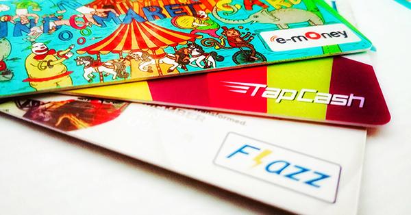 Tarif MRT Jakarta - Terdapat beragam pilihan kartu elektronik