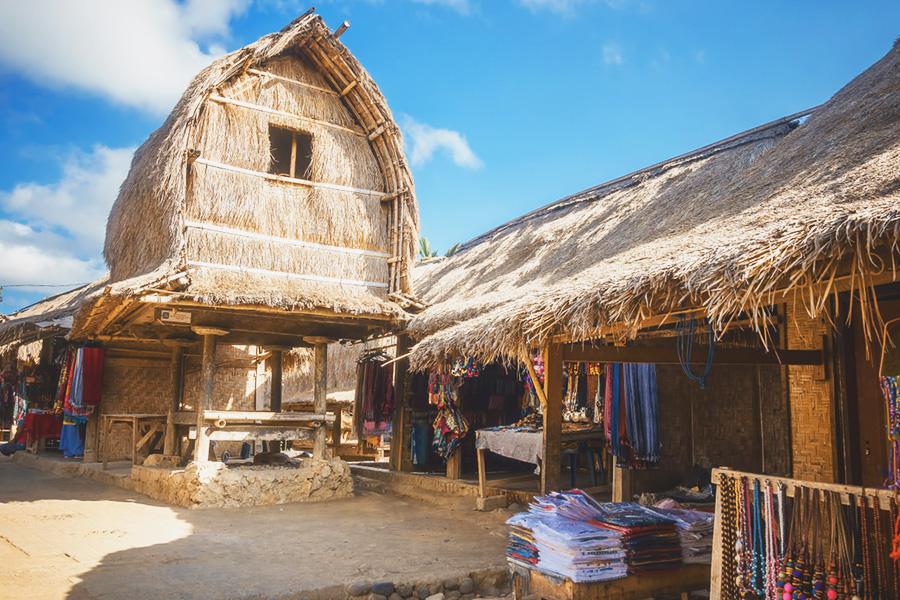 Tempat-Belanja-Kain-Tenun-di-Lombok