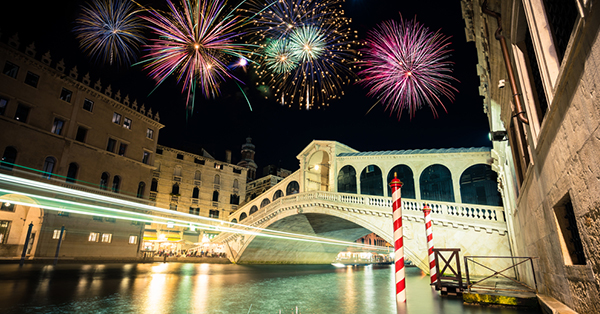 Places with Best Fireworks Around the World
