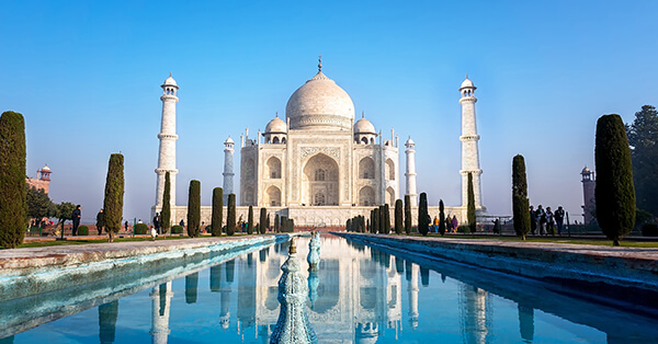 Tempat Wisata Dunia yang Melarang Selfie -Taj Mahal