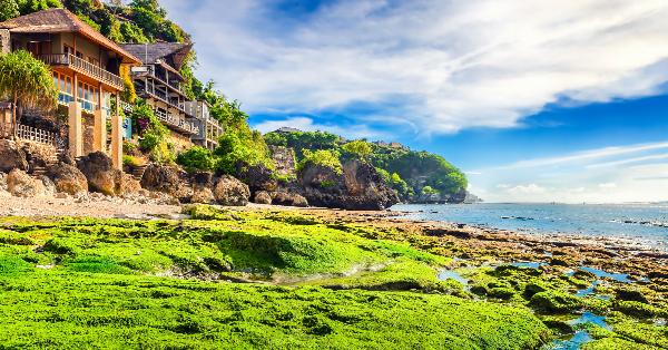 Tempat Wisata Romantis di Bali - Bingin Beach
