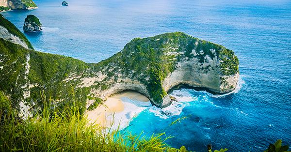 Tempat Wisata Romantis di Bali - Kelingking Beach