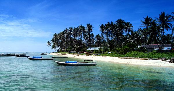 Tempat Wisata Kalimantan Timur - Pulau Derawan