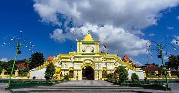 Tempat Wisata di Madura - Masjid Agung Sumenep