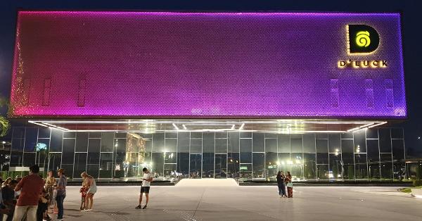 Tempat Wisata di Pattaya - KAAN Show