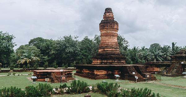 Tempat Wisata di Pekanbaru - Candi Muara Takus